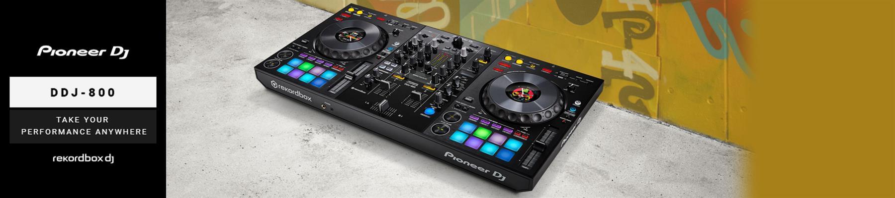 New Pioneer DDJ-800 rekordbox DJ controller
